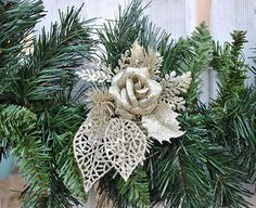 Bringing Christmas outside. Christmas exterior ideas by Torie Jayne Christmas Wreaths, Christmas Cards, Gold Flowers, Christmas Inspiration, Tree Decorations, Burlap Wreath, Vintage Christmas, Garland, Vintage Inspired