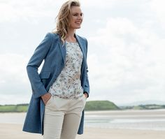 Our Grace jacket is back this season in an eye-catching blue pure new wool, putting us in mind of clear skies and warmer weather! The lightweight genuine Donegal Tweed is designed and woven at our mill in Donegal.