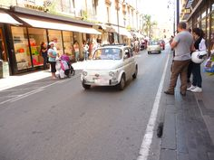 While in Sorrento, we even got to witness a parade of the local Fiat Club