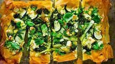 Åtte mettende, kjøttfrie middager kroppen vil takke deg for Quiches, Vegetable Recipes, Vegetable Pizza, Feta, Zucchini, Jelly Belly, Spanakopita, Carne, Vegetarian
