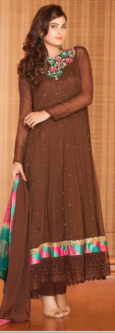 Top 10 Pakistani Most Beautiful Brown dresses #BrownDresses #BrowmClothes #BrownSuits