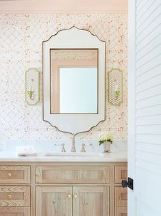 Tips on How You Can Get Hold of the Best Plumber - Decorology
