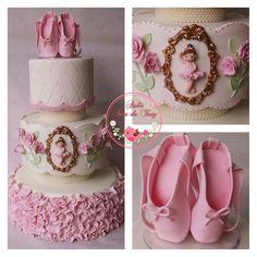 Bolo bailarina #bailarina #bolobailarina #ballet #festabailarina #bolobiscuit #cake #sapatilhas