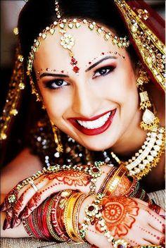 Joyas de la IndiaLos tipos de joyas que están disponibles en la India son tan variadas