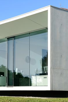 Gallery of Aseptic Office and Lab / AUM architecture - 12