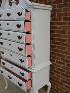love the idea of painting the sides of the drawers! cute surprise