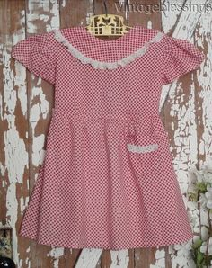 Vintage 1930 The Great Depression Little Girls Dress Red Gingham Little Girl Dresses, Little Girls, Girls Dresses, Great Depression, Red Gingham, Antique Clothing, Dress Red, Sewing, Blouse