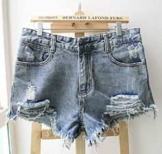 Price:$26.00 - On Sale Broken tassel denim shorts