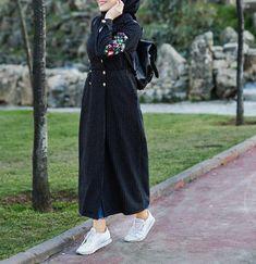 by for Hijab Abaya Fashion, Muslim Fashion, Modest Fashion, Girl Fashion, Fashion Outfits, Hijab Casual, Hijab Chic, Hijab Outfit, Mode Abaya