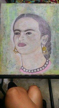 """#pasoalarteriendo #painting #riendoart #losangeles #throwback #paint #acrylic #acrílico #portrait of the #beautiful #fridakahlo #frida #fridakahloinspired Cultura #mexicana #arte #hispana #amor #liebe #love para un #idolo #artemexicano #mexico #losangelesart #chicanoart  Porque no hay nada más #hermoso que el #amor """"Poder Quererte""""  Titulo inspirado por una #hermosa #frase de #frida """"Quisiera darte todo lo que nunca hubieras tenido, Y ni así sabrías la maravilla que es poder quererte."""""""