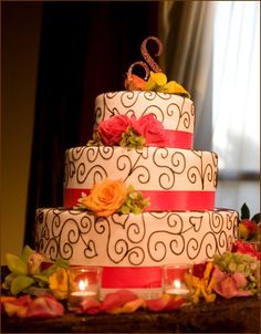 Lovely wedding cake. Different colors. Love the style!