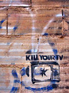 Street Art - Madrid, Spain (source:http://runswith.tumblr.com/)