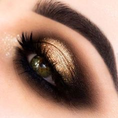 Gold And Black Eye Makeup Gold Glitter Dramatic Cut Crease Makeup Tutorial Black With Pink. Gold And Black Eye Makeup Close Up Of Female Eye Wearing Black And Gold Makeup Stock Photo. Gold And Black Eye Makeup 2018 Miss Rose… Continue Reading → Gold Makeup Looks, Black Eye Makeup, Cute Makeup, Black And Gold Eyeshadow, Black And Golden Eye Makeup, Dark Smokey Eye Makeup, Formal Eye Makeup, Gold Glitter Eyeshadow, Dark Makeup