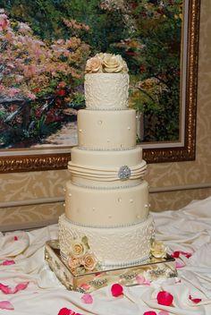 TS Wedding Cake