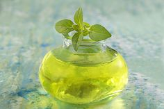 Soigne, Perfume Bottles, Urinary Tract Infection, Natural Antibiotics, Glass Vials, Perfume Bottle