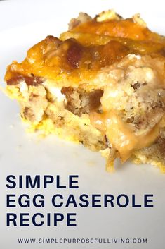 Simple egg bake casserole made with bacon or sausage, eggs, cheese and stuffing mix. Perfect for breakfast, brunch or breakfast for dinner. Breakfast Meat, Breakfast Dishes, Breakfast Recipes, Dinner Recipes, Breakfast Casserole, Brunch Recipes, Easy Egg Bake, Sausage Egg Bake, Egg Bake Casserole