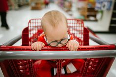 Baby in shopping cart - Family Documentary Photography