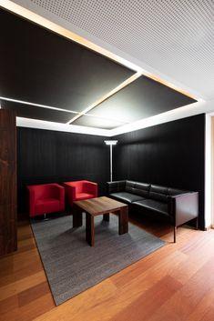 hechenblaickner - Möbelbau Breitenthaler, Tischlerei Ping Pong Table, Furniture, Home Decor, Open Entryway, Carpentry, Timber Wood, Homemade Home Decor, Home Furnishings, Interior Design