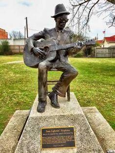 Crockett, TX - Lightnin' Hopkins Statue