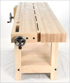 BenchCrafted.com - Split Top Roubo. The ACTUAL Roubo bench I want