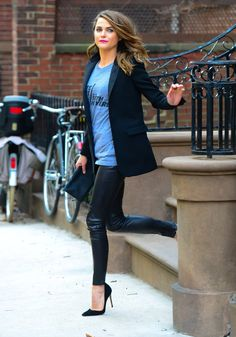 Love the sleek look made casual with the tee.  Looking for the right faux leather leggings that are not too gripping.