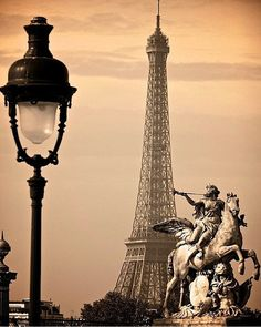 eligraphix: livingthesensuallife: The Eiffel... | luna mi angel