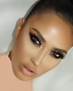 """Stunning  @brittanybearmakeup wearing 3D @LillyLashes in style """"Vegas"""", our most dramatic lash! #GhalichiGlam #LillyLashes"""