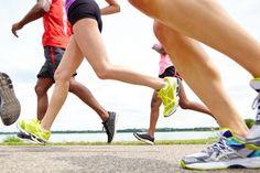 Sokan futással szeretnének fogyni. Milyen előkészületeket kell tenned, hogy sérülésmentesen juthass el az 5km teljesítéséig? Ebben segítünk. Marvel, Running, Sports, Hs Sports, Keep Running, Why I Run, Sport