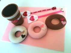 Felt food - Tea and Donuts