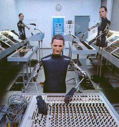 MOMA presents with Kraftwerk–Retrospective live  by Kraftwerk