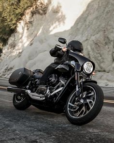 CB Motorcycle brings together the best m. Harley Sport, Harley Davidson Sport, Moto Bike, Motorcycle Art, Hd Sportster, Dyna Super Glide, Thug Style, Harley Davison, Harley Bikes