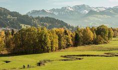 Was erwartet mich bei einem Wellnessurlaub im Allgäu Eine bergige Landschaft und ausgedehnten Wiesen sind zwei Merkmale, die oft und zu Recht mit ...