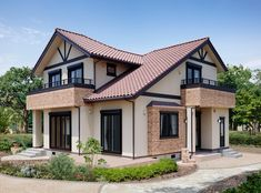 Colonial House Exteriors, Dream House Exterior, Modern Bungalow House, Modern House Design, Home Building Design, Building A House, House Plans Mansion, Model House Plan, Two Storey House