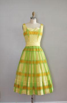 the colors! citrus heaven. 1950's