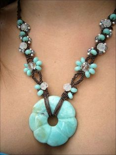 Macrame necklace by wanting