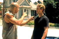 Vin Diesel and Paul Walker in The Fast and the Furious Michelle Rodriguez, Vin Diesel, Fast And Furious, The Furious, Paul Walker Movies, Rip Paul Walker, Cody Walker, Fast Five, Dwayne The Rock