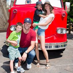 Tom Brady and Gisele went to Disneyland with their sons this ...