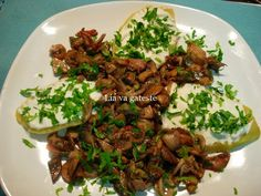 Gustos si aromat ! Asian Recipes, Healthy Recipes, Ethnic Recipes, Dinner Salads, Indonesian Food, Fabulous Foods, What To Cook, Food To Make, Seafood
