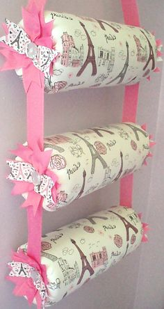 Items similar to Headband Organizer, Headband Holder, Girl Room Decor, Hanging Triple Bolster Paris Print Fabric on Etsy Diy Home Crafts, Diy Craft Projects, Sewing Projects, Headband Storage, Diy Baby Headbands, Organize Headbands, Bow Hanger, Diy For Kids, Bow Holders