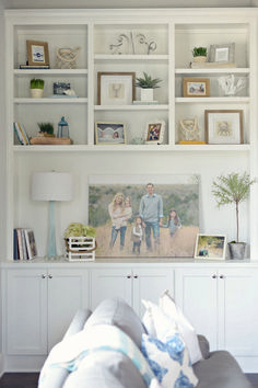 Nice Bookshelf Styling For Decoration Idea (46)