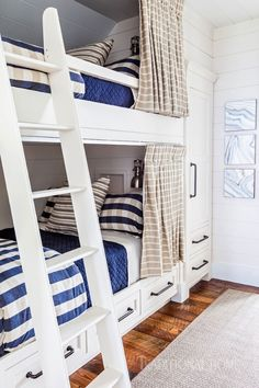Nautical-chic bunks and a fourth-floor family room let guests get away from it all in style. - Photo: Alyssa Rosenheck / Design: Chad James