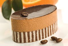 Chateau Gâteaux - Customised desserts, developed to meet specific requirements of our customers at home and the Foodservice Chains. Choc Mousse, Food Service, Cheesecake, Sweets, Chocolate, Food Art, Heavenly, Desserts, Tailgate Desserts