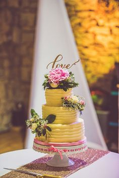 Romantic English Countryside Wedding, Three-Tiered Wedding Cake