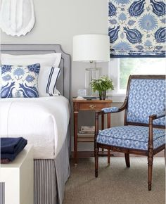 Blue and white bedroom decor nautical and floral Aesthetic Oiseau The pet project of web designer Daniela M. Shuffler, this site leans toward traditional design, and brightens our days with the occasional Blue Rooms, Blue Bedroom, Master Bedroom, Bedroom Decor, Design Bedroom, Calm Bedroom, Bedroom Ideas, Clean Bedroom, Bedroom Bed