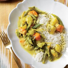 Keralan Vegetable Stew   To make this lovely vegetarian stew, home cooks can simmer vegetables in a single pot for about 30 minutes.