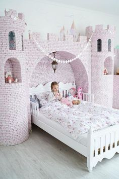 47 Affordable Kids Bedroom Design Ideas - Your kid is a special human being to you and therefore you should ensure that your kids bedroom designs are also that much special. We all adore our k. Baby Bedroom, Girls Bedroom, Bedroom Decor, Bedroom Ideas, Girls Twin Bed, Bedding Decor, Nursery Ideas, Princess Bedrooms, Princess Room