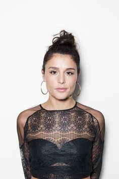 Jessie Ware: Last night, the singer was drinking with friends and family at Sunset Boulevard's most old-school and most rock'n'roll-meets-Hollywood hotel, the Chateau Marmont.