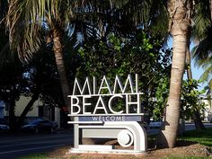 Id love to go to Miami one day<3