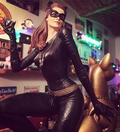 Make me Meow! 🐱  #catwoman #sideshow #sideshowcollectibles #tweeterhead #julienewmar #collectibles #collector #batman #dc #dccomics #nerd #nerdstuff #geek #artgallery #artnerd #artstudio #retro #amazing #cat #pictureoftheday #picoftheday #meow #tvseries #limitededition #limited