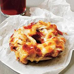 Cheesy Chicken Bagel Pizzas Recipe